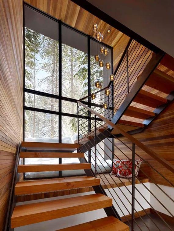 coole unter treppen ideen für einrichtung kleiner sitzbank unter wangentreppe mit holzblockstufen und glasfassade