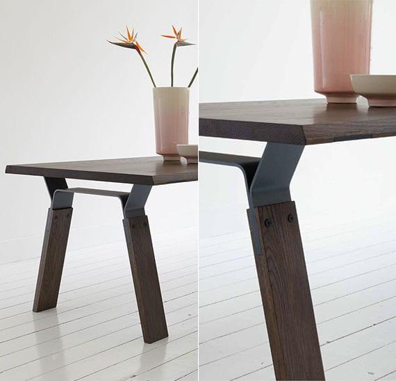 attraktives m bel design moderner holztische mit stahlgestell in dunkler holzfarbe freshouse. Black Bedroom Furniture Sets. Home Design Ideas
