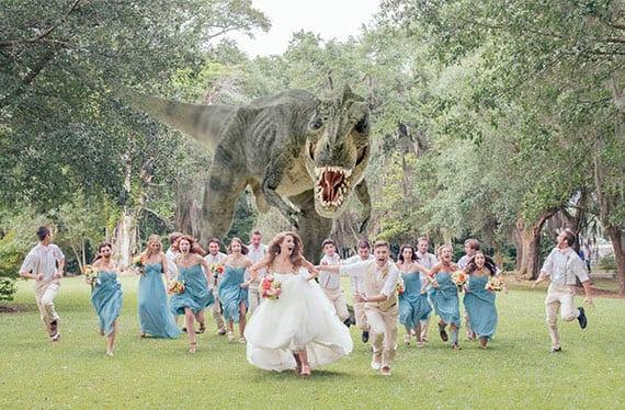 hochzeit fotocollage mit Dinosaurier als tolle idee für das hochzeitsalbum