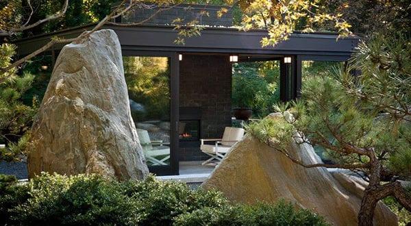 Den Garten verschönern und aufwerten mit der richtigen Ausstattung