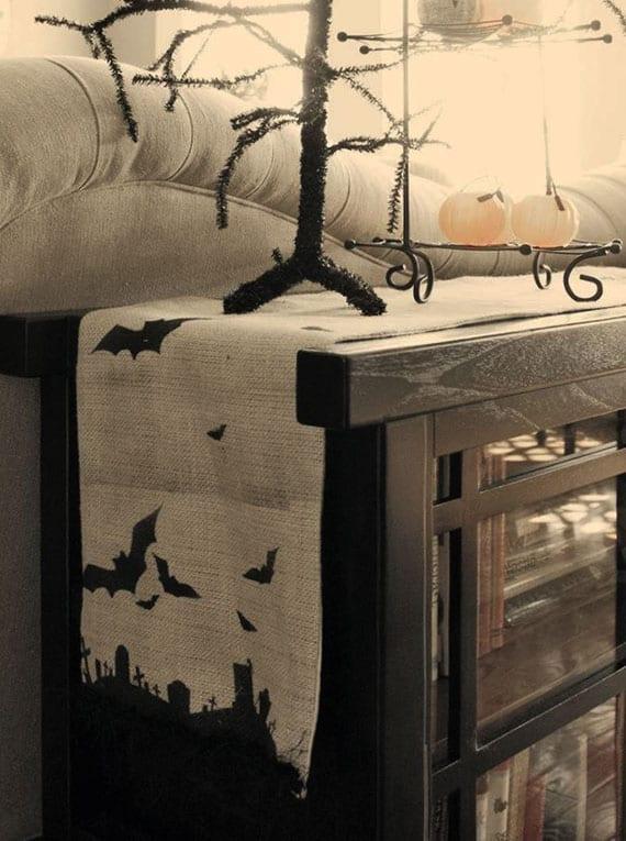 halloween tischdecke mit vledermäusen selber machen