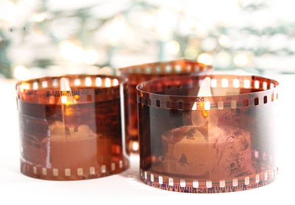 teelichter dekorieren mit filmnegativen als coole bastelidee für diy kerzenhalter