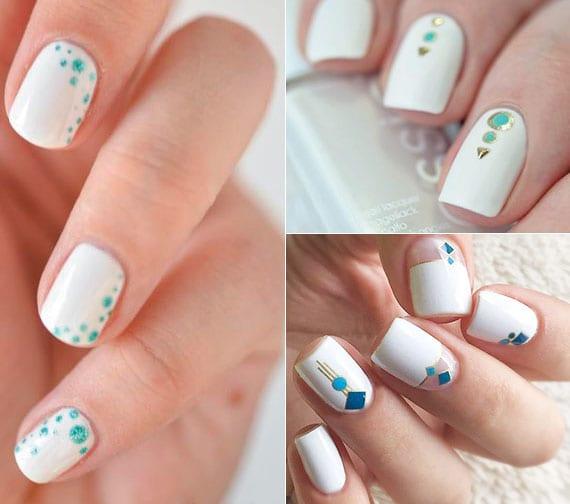coole nagelgestaltung für kurze weisse nägel mit blaen punkten und goldenen motiven