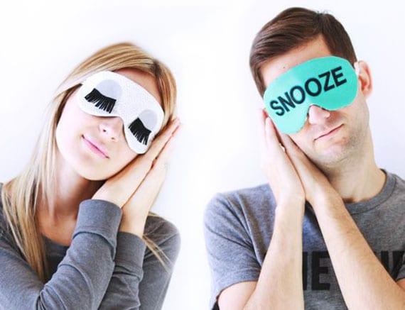 bastelidee mit vorlage für diy Schlafmasken als kreative DIY Weihnachtsgeschenke für eltern