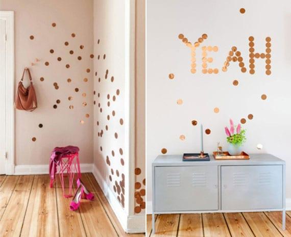tolle wanddeko ideen für flur mit punkten aus klebefolie in kupferfarbe