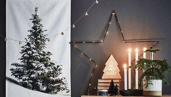Alternativen zum Tannenbaum: der Weihnachtsbaum als schöne Wanddeko im kleinen Raum