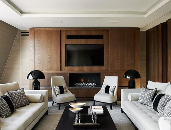 fernseher-stilvoll-in-szene-setzen-durch-moderne-wandgestaltung-mit-tv-holzwandpaneel