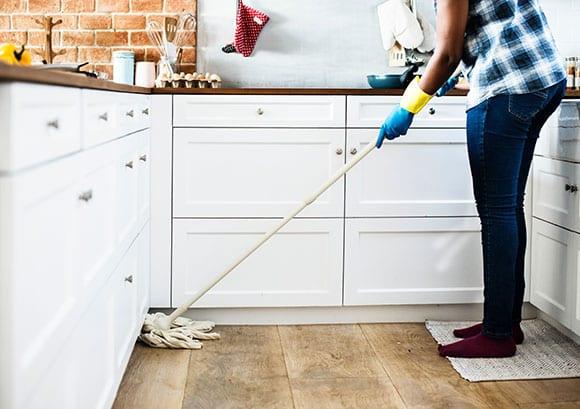 beim wohung putzen muss man von oben nach unten arbeite