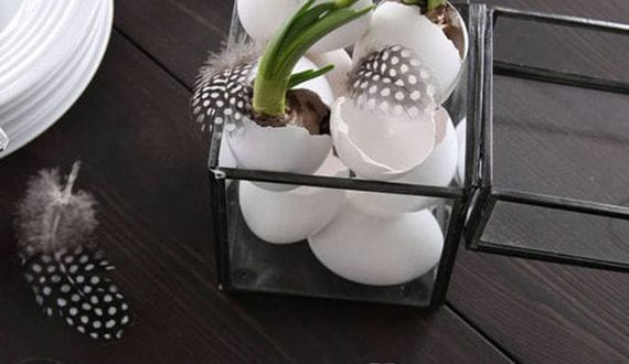 stilvolle-ideen-zu-ostern-in-nordiv-style-für-eine-ausgefallene-osterdekoration-in-schwarz-und-weiß