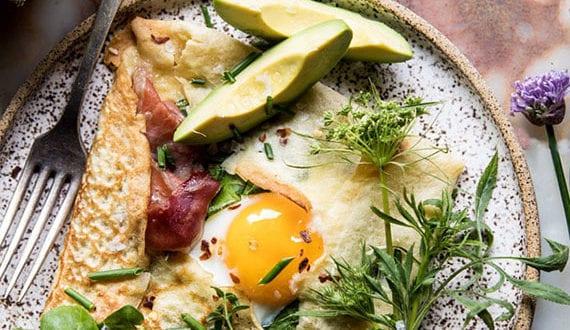 Crêpe-Rezept-für-leckeren-Brunch-at-home_Frühstücksideen-für-Gäste