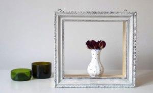 coole upcycling-idee für diy wandregalen aus alten bilderrahmen