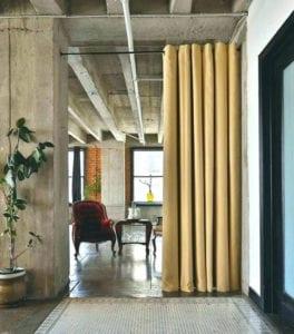 vorhänge-&-gardinen-als-raumtrenner_attraktive-lösung-für-elegante-raumgestaltung