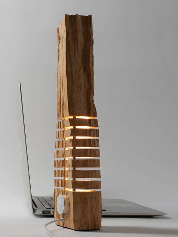 moderne und individuelle raumdekoration mit holzskulpturen als attraktive LED-Lampen mit stilvollem Design
