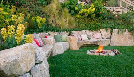 Traumhafte Gartengestaltung Hanglage Mit Stutzmauer Aus