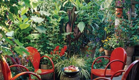 clevere-Platzeinsparung-Tipps-für-schöne-Gartengestaltung-kleiner-Gärten