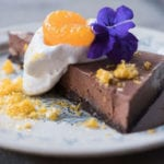 italienische Schokoladentorte mit Ingwer, Datteln und Mandarinen