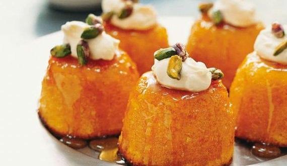 nachtisch-rezeptidee-für-leckere-mini-mandarine-mandelkuchen