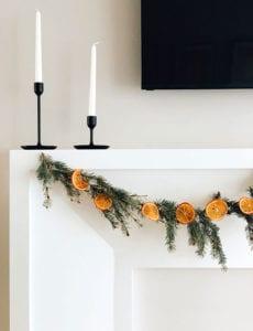 einfache-und-coole-deko-ideen-mit-getrockneten-orangen_diy-weihnachtsdeko-mit-orangenduft