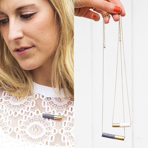 stilvolle halsketten aus modelliermasse basteln als idee für diy weihnachtsgeschenke für frauen