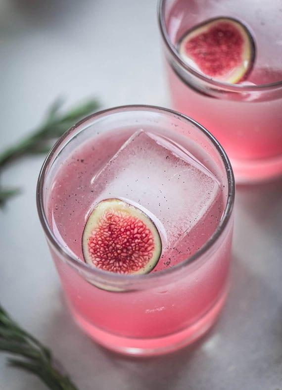 leckere Cocktailrezepte für einen romantischen und stimmungsvollen Valentinstag