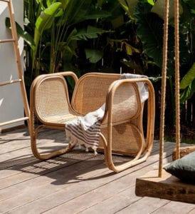 designer-rattanmöbel-für-attraktive-terrassen-einrichtung-mit-bequemer-sitzgelegenheit