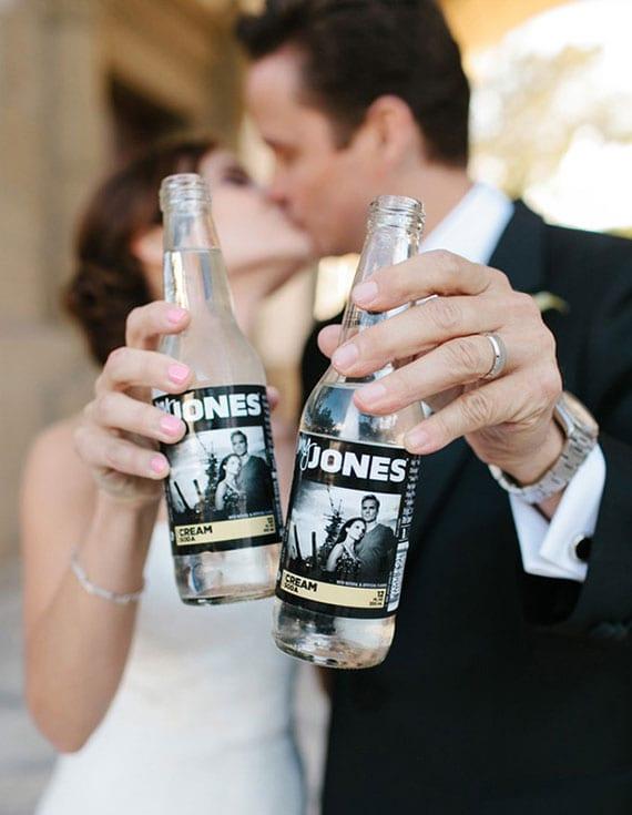 kreative hochzeit gastgeschenke mit einem originellen Brautpaarfoto