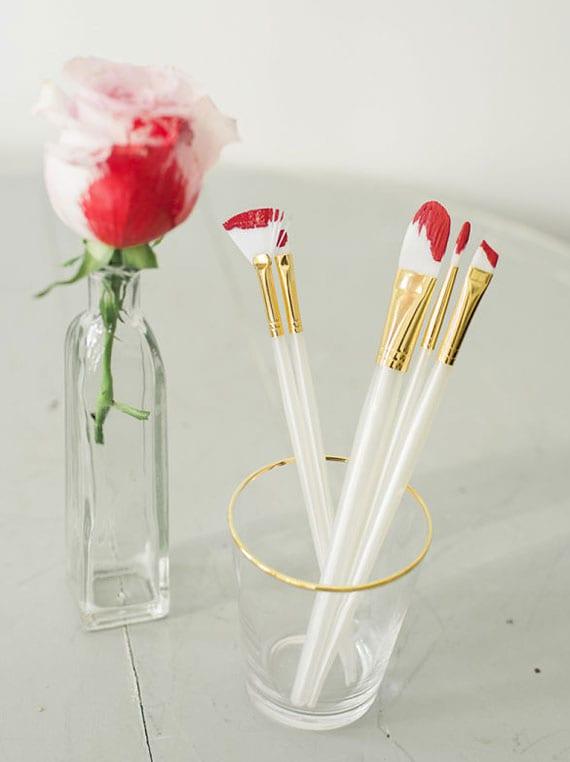 originelle deko ideen für schlichte und romantische dekoration mit rosen