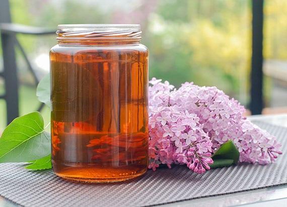 eistee rezept mit hausgemachtem fliedersirup und honigsirup