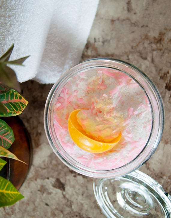 diy waschmittel aus Zitronenkernseife und Purex Kristallen