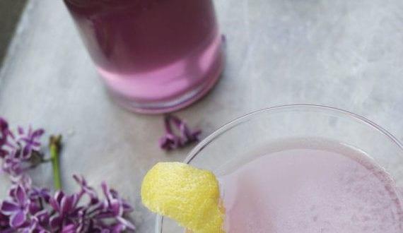 rezepte-für-erfrischende-getränke-und-leckere-cocktails-mit–fliederaroma