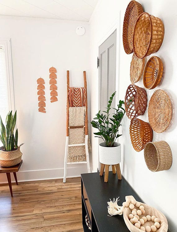 frische und attraktive dekoidee für wohnliche wohnzimmer mit natürlichen materialien
