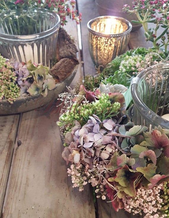 hortensien trocknen und schöne blumendekorationen im herbst basteln