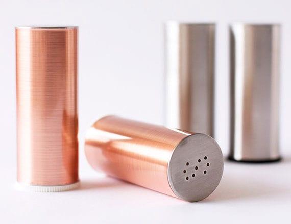 coole bastelidee für DIY Salz- und Pfefferstreuer im edlen Kupfer-Look mit Kontaktpapier