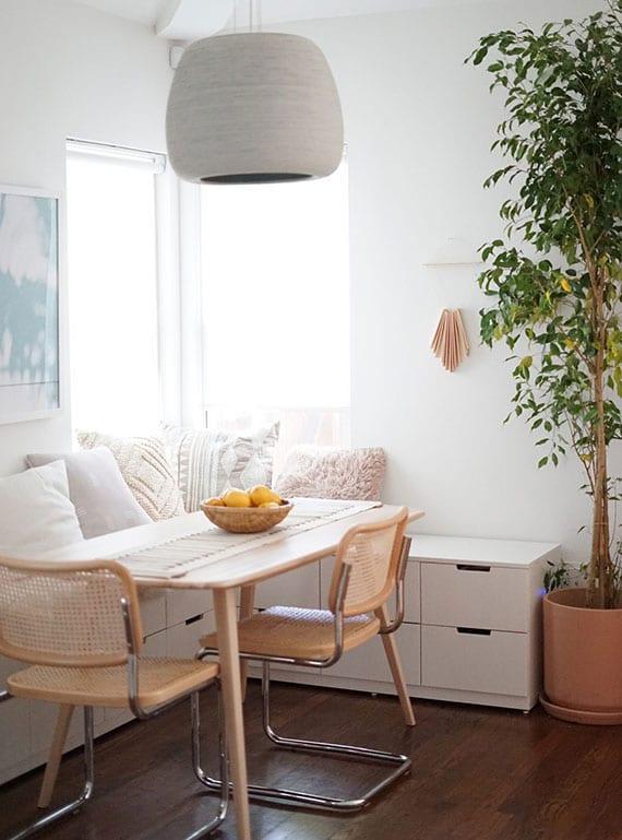 mehr stauraum und eine platzsparende sitzecke in der küche schaffen mit ikea kommoden als eckbank mit schubladen