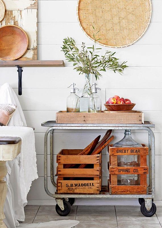 rustikale küche einrichten und dekorieren mit einem diy küchenwagen