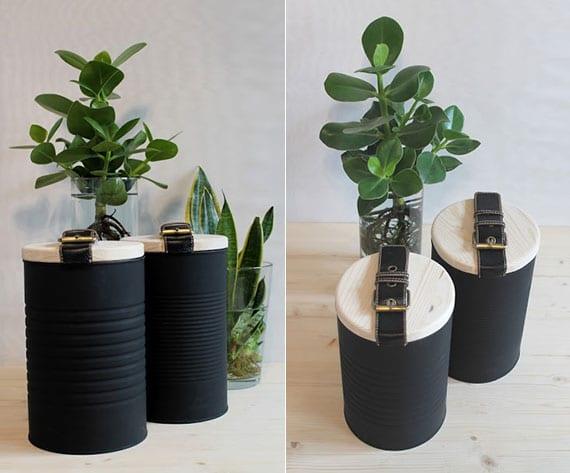 ein zweifaches Upcyclingprojekt  für DIY behälter aus xl konservendosen mit deckeln aus holz und gürtel