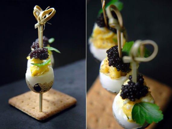 wachtelei häppchen mit kaviar effektvoll servieren