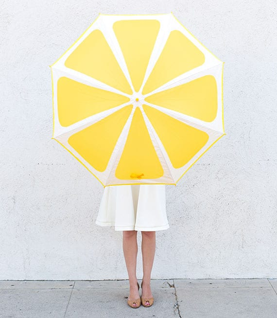 der regenschirm als modischer begleiter und praktisches accessoire mit individuellem design
