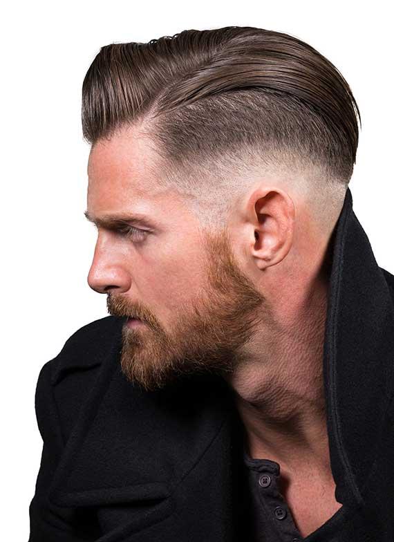 trendige Herrenfrisuren mit einem kurzen haarschnitt an den kopfseiten und am nacken