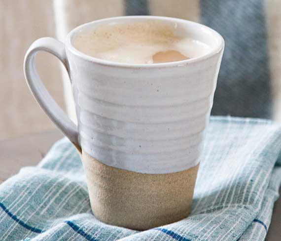 frische  und alte Kaffeeflecken leicht entfernen mit passendem mittel