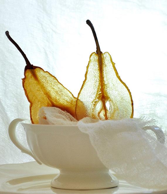 rezept für hausgemachte obstchips aus birnen als gesunder snack für zwischendurch