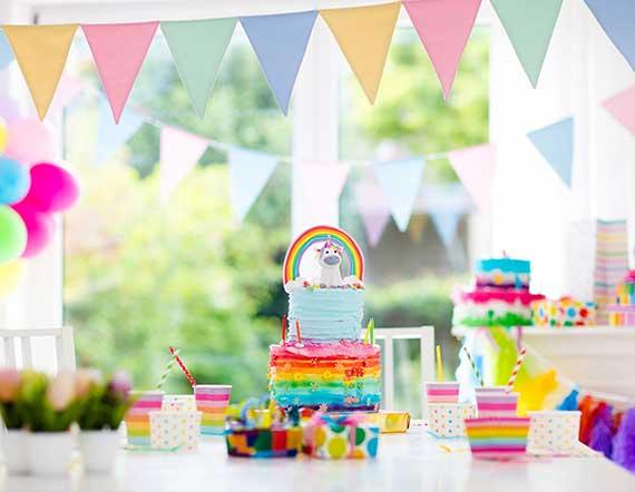 für einen unvergesslichen Kindergeburtstag das richtige Partythema wählen