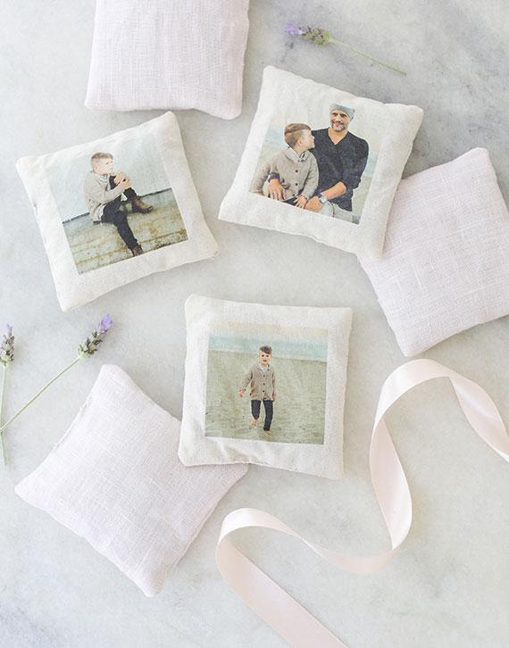 duftkissen mit fotodruck als originelle weihnachtsgeschenke für eltern basteln