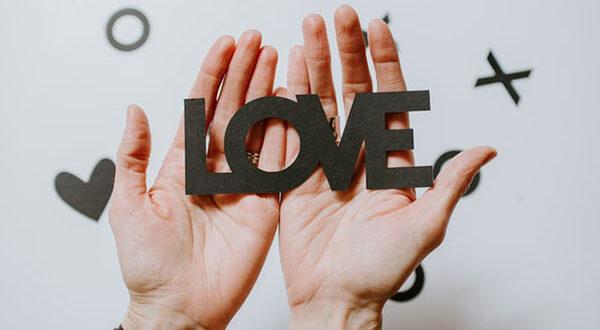 Gutscheine Valentinstag – so verpacken Sie originell ein ganz besonderes Geschenk