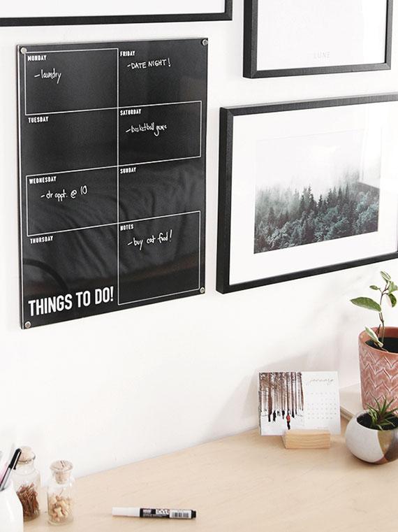 attraktive dekoideen und bastelarbeiten mit acrylglas_diy whiteboard wochenplaner