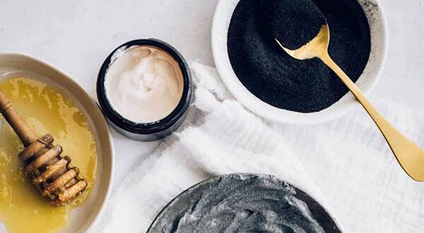 10 hausgemachte Kosmetikprodukte mit Aktivkohle