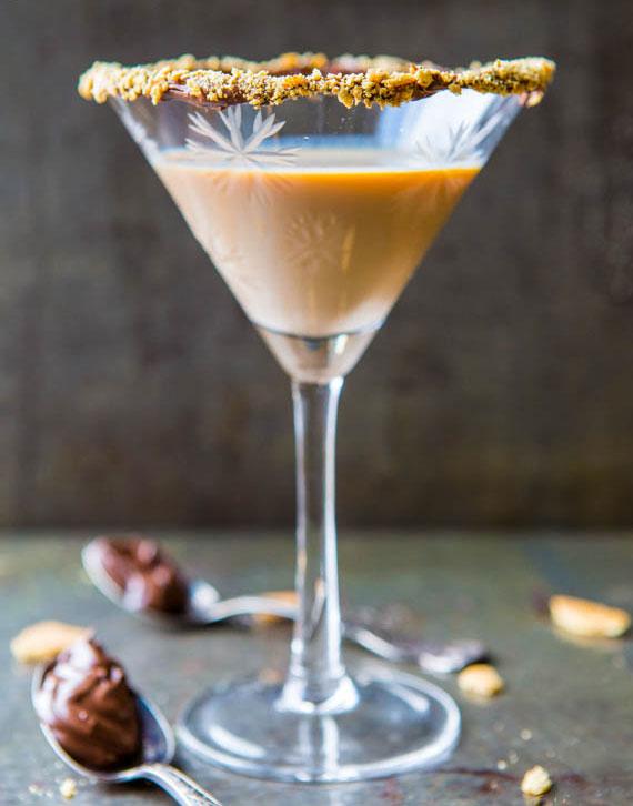 hausgemachte Nutella & Baileys Martini Cocktails für die nächste Damenparty