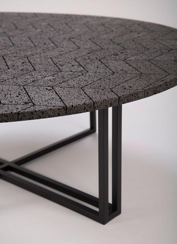 moderner Esstisch und Couchtisch aus der Designermöbel Serie Lava Table