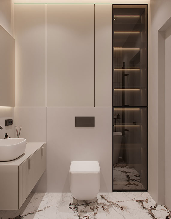 kleines Badezimmer luxuriös gestalten mit Einbauschranken hinter der Toilette sowie mit einem raumhohen Schrank mit glastür und indirekter schrankbeleuchtung