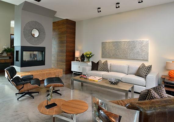 eine moderne sitzecke im wohzimmer gemütlich gestalten durch die einrichtung mit langlebigen ledermöbelstücken
